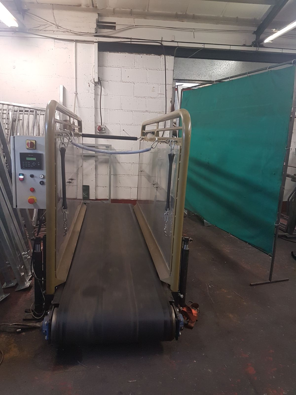 Second Hand Horse Treadmills And Equestrian Products For Sale